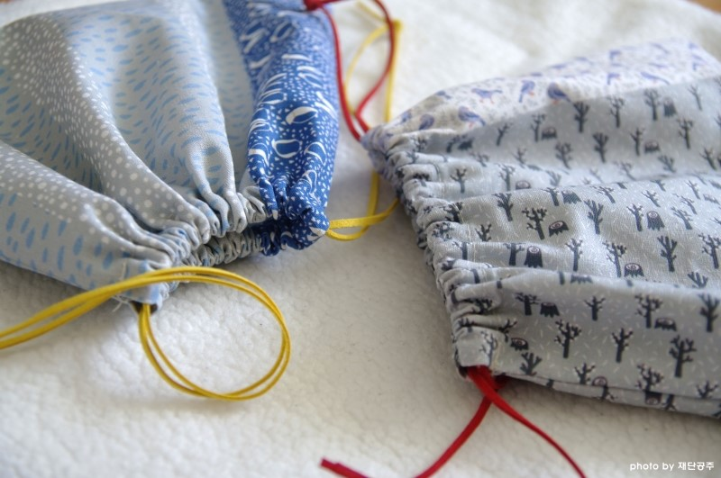 How to sew a simple bag with a drawstring. DIY Gift Idea!