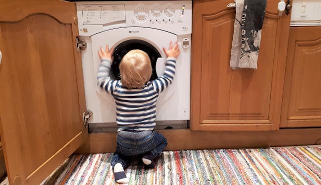 uhmaika, tahtoika, puolitoistavuotias, milloin uhmaika alkaa, poika, pikkupoika, kiukuttelu, itkupotkuraivarit, lapsi