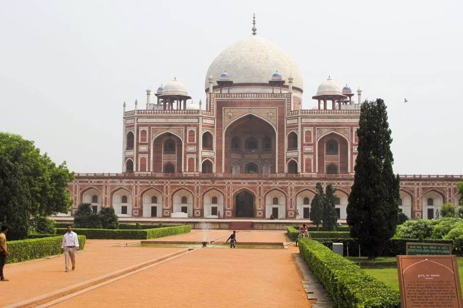 More Stuff: Restoring the mausoleum that helped inspire the Taj Mahal