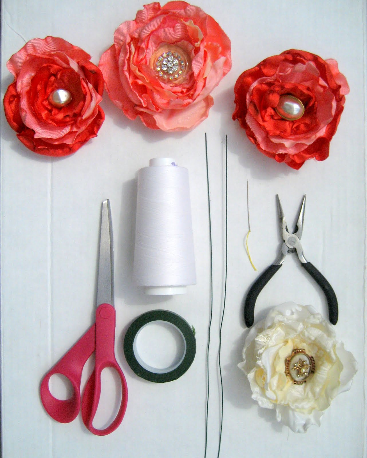 Diy Flower For Wedding: Running With Scissors: DIY: Fabric Flower Wedding Bouquet