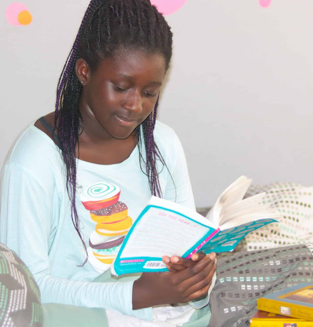 Reading helps kids interlecturely.