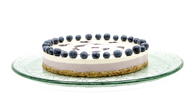 Raw blueberry lime cake fotka za recept