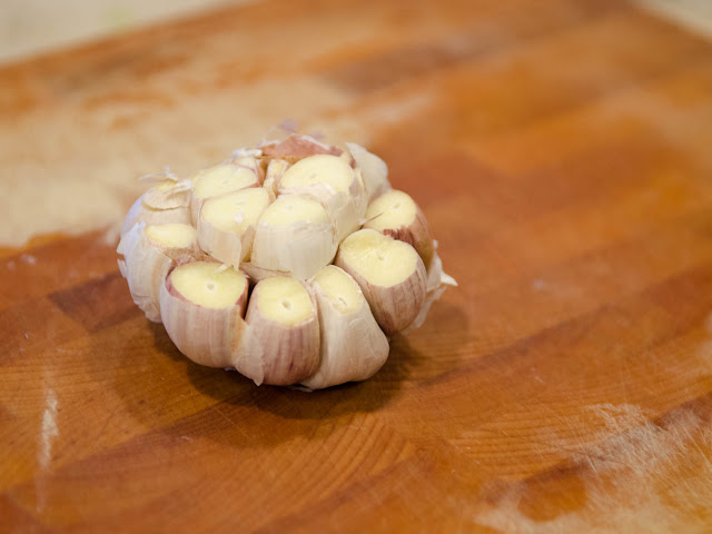 Head of Garlic before Roasting