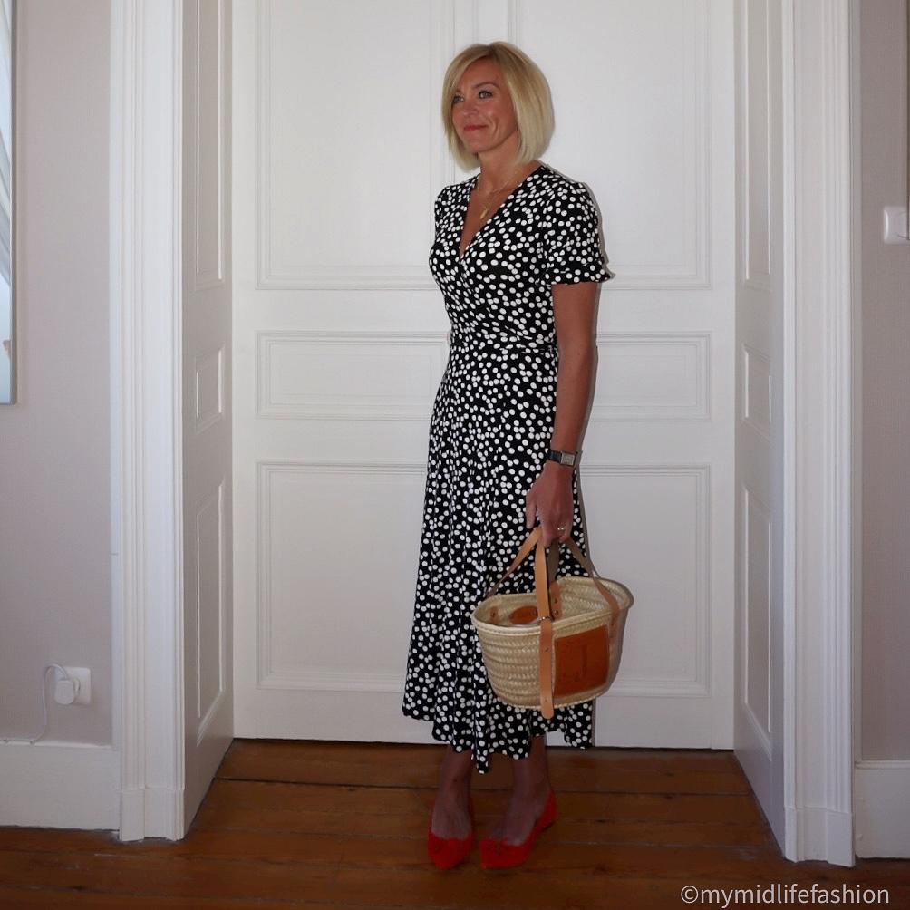 My midlife fashion, Baukjen Daniella jersey wrap polka dot dress, lada jewellery basket tote, j crew suede pointed tassel ballet flats
