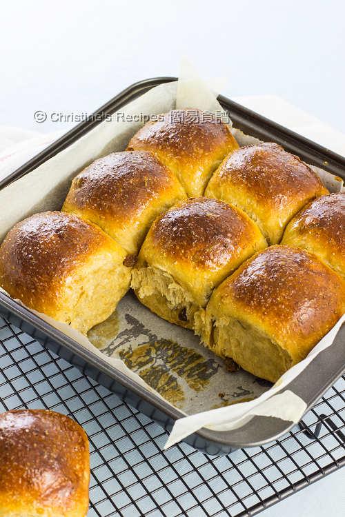 黑糖提子全麥餐包【軟綿湯種包包】Tangzhong Sultana Wheat Buns | 簡易食譜 - 基絲汀: 中西各式家常菜譜