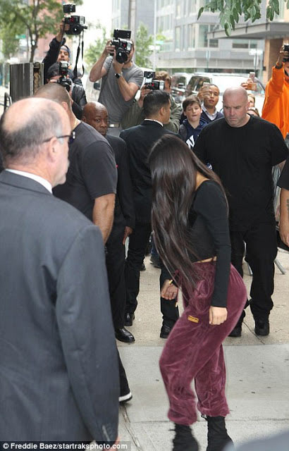 Kim Kardashian runs to hubby Kanye West after robbery incident
