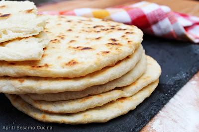 La ricetta originale del pane greco pita