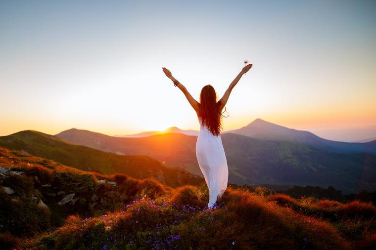 poruka-dana_sreća_sretan-život-pozitiva