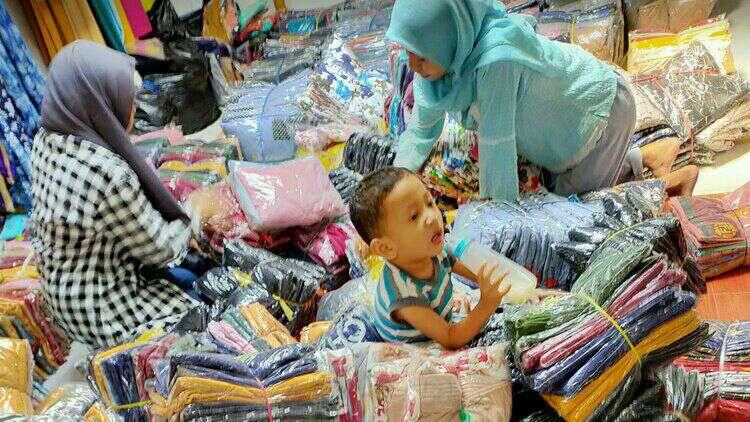 toko kain pasar besar malang