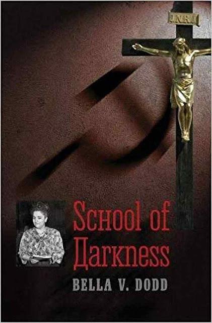 No livro, a agente arrependida da manobra russa conta o que sabia e no que ele participou.