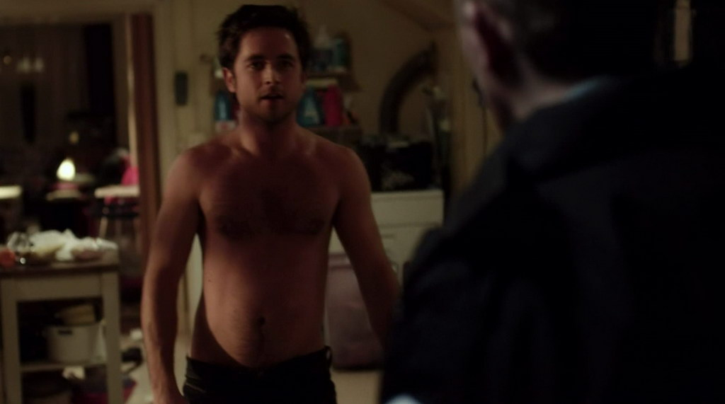 Advise you Justin chatwin shirtless