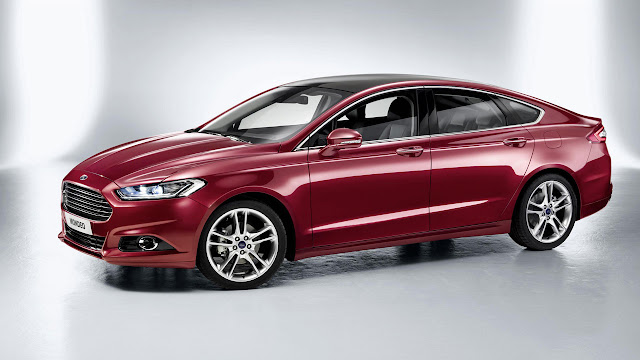 Ford Mondeo side