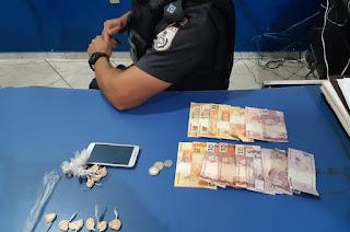 http://vnoticia.com.br/noticia/4468-dois-elementos-presos-no-centro-da-cidade-suspeitos-de-trafico-de-drogas-em-sfi