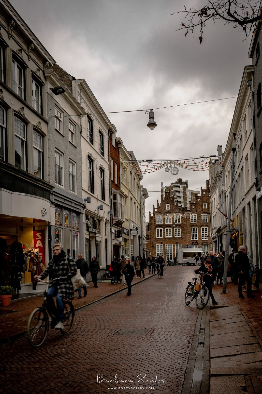Cozy streets of Den Bosch. A weekend in Den Bosch, the Netherlands. A trip diary of how to spend a weekend in this Dutch city.