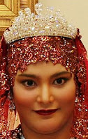 diamond tiara queen saleha brunei princess majeedah