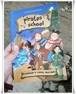 [Review Buku] - Pirates School : Petualangan di Karang Ubur-Ubur