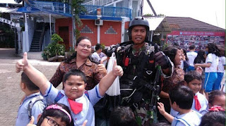 Nasib Prajurit TNI AU Ketika Salah Mendarat di Taman Kanak-kanak, Begini Deh Jadinya!