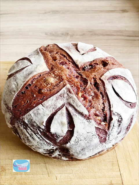 Mor Havuçlu Ekşi Mayalı Ekmek