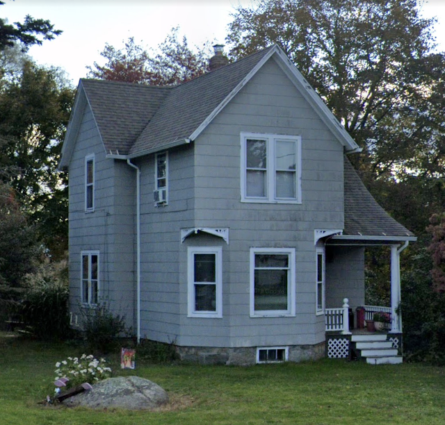 color front and left side view of Sears Avoca at 44 Colchester Avenue, East Hampton, Connecticut