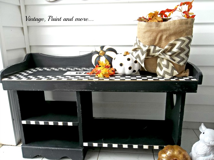 Vintage, Paint and more... Fall Entryway with black and white decor done in geometric design