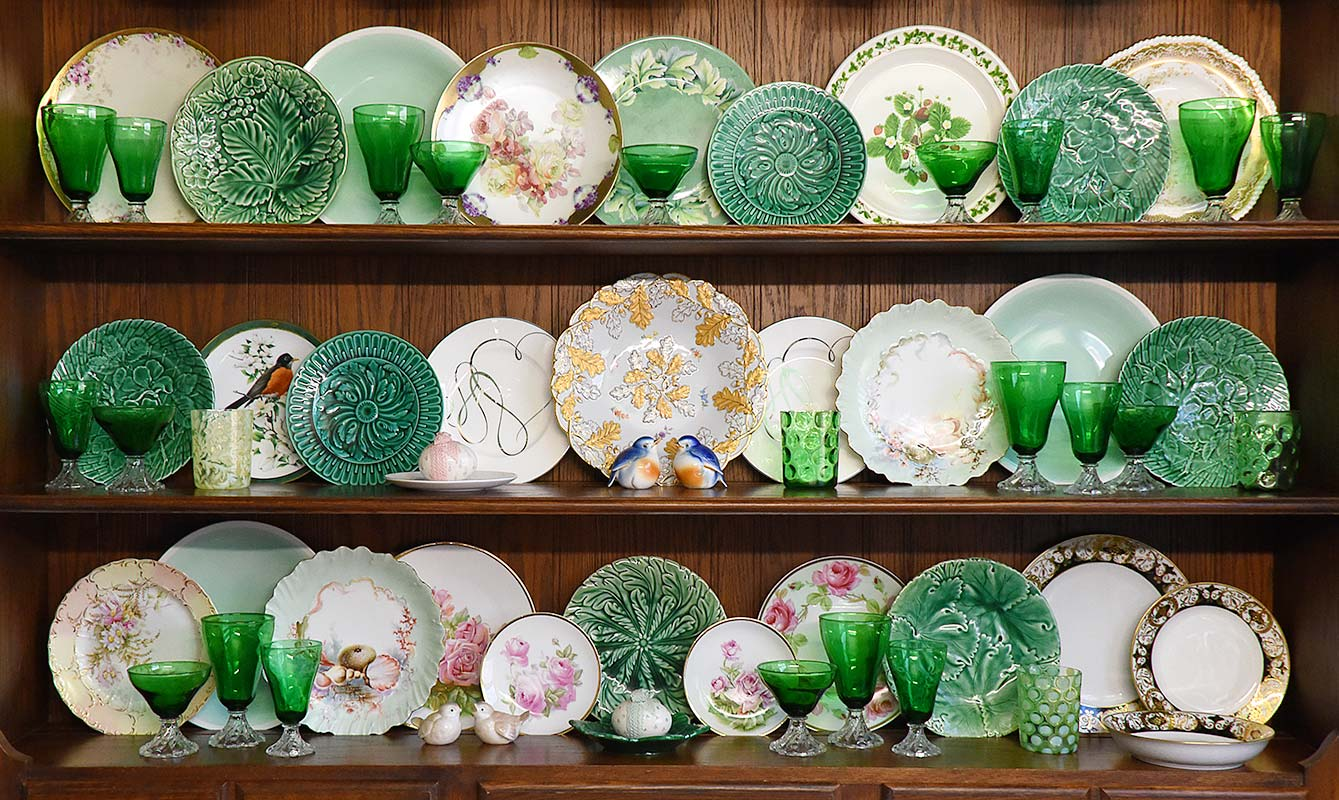 St Patricks Day china cabinet hutch