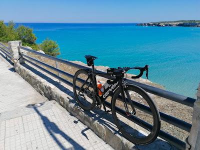 cycling apulia carbon road race bike TT bicycle rental borgo egnazia triathlon race savelletri Fasano Monopoli