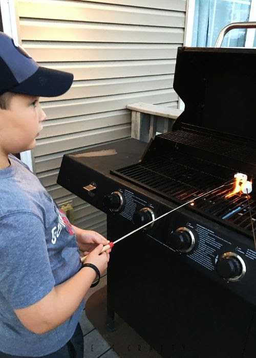 Summer Activities - Bucket List - Ideas to do at Home - s'mores - make s'mores on a grill