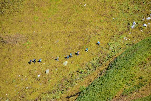 Туристы Хребет Аибга, Сочи, Активный отдых, Роза Хутор, Красная поляна, фото Андрей Думчев
