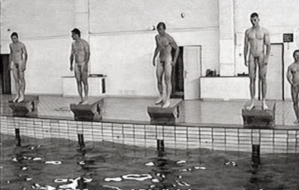 nude-swim-team-photos