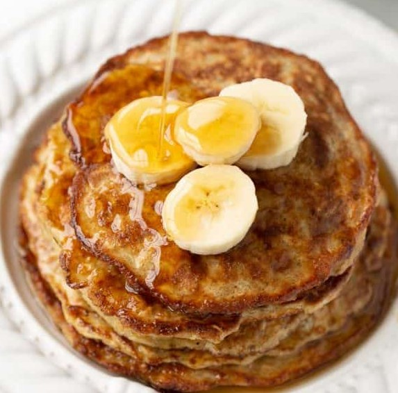Banana Egg Oat Pancakes #healthy #glutenfree