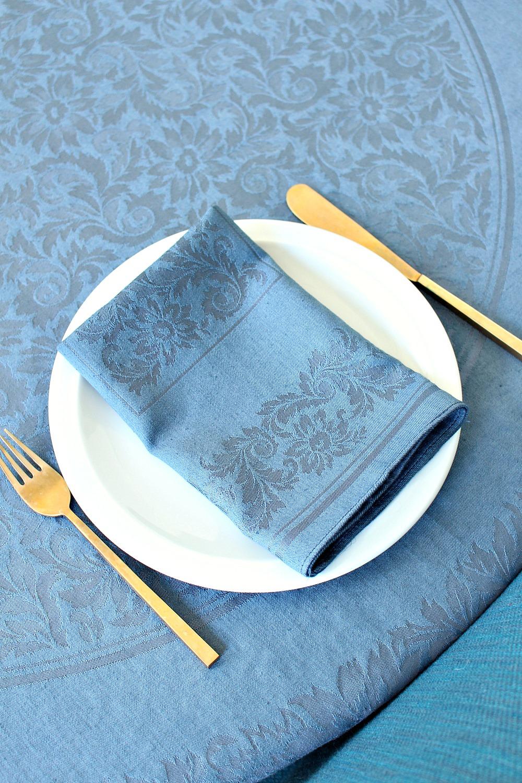 How to dye table linens // Tutorial by @danslelakehouse
