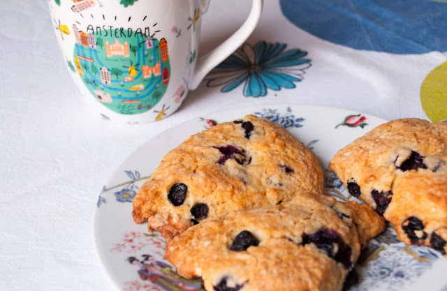 Blueberry scones - Elisa Pavan - Cooking Movies