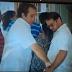VIRAL UN VÍDEO EN DONDE SE OBSERVA IGNACIO PALIZA PRESIDENTE DEL PRM SUPUESTAMENTE DANDO DINERO A HOMBRE EN CENTRO DE VOTACIÓN