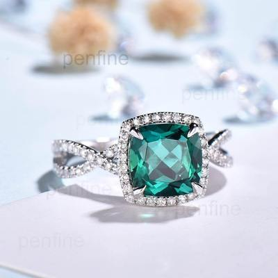 Emerald ring for engagement