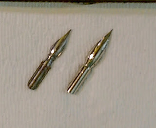 Image of two different nibs with the Speedball 512 on the left and the Zebra spoon nib on lef