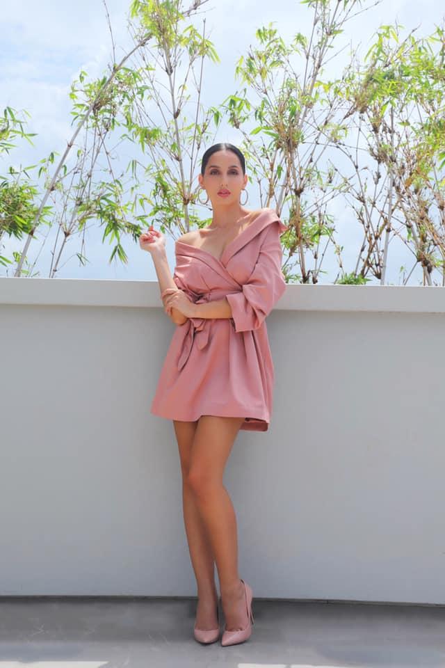 Nora Fatehi Hot in Night Dress