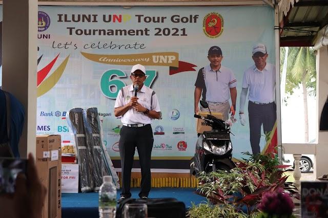 Tutup Tour Golf Tournament 2021, Gubernur Sumbar Minta ILUNI UNP Jaga Kekompakan dan Silaturahmi