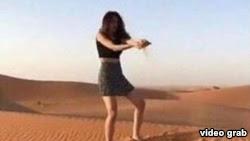توقيف السعودية خلود مودل لظهورها غير المحتشم في فيديو فتاة أشيقر
