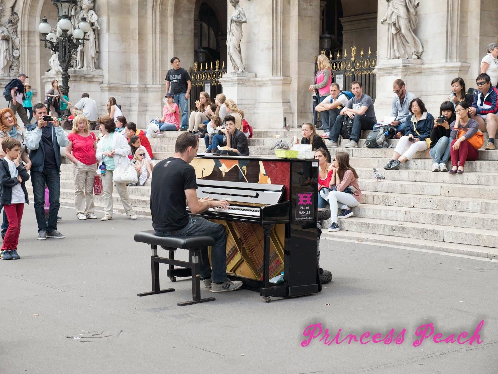 巴黎歌劇院街頭藝人