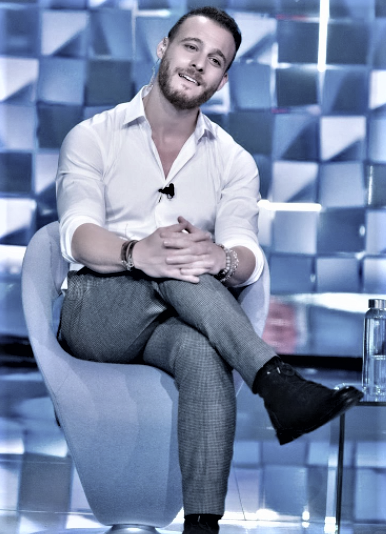 Kerem Bürsin, the star of Love is in the air to Verissimo: A spark with Hande on the set