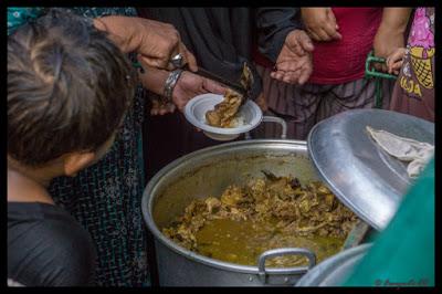 Gulai Bustaman di Tradisi Gabyuran Kampung Bustaman Semarang