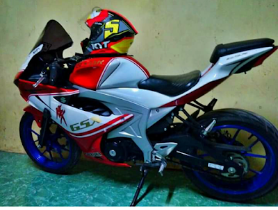 Modifikasi Suzuki GSX R150, Sekilas Mirip Ducati Panigale