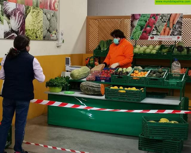 El Ayuntamiento de Breña Alta adquiere los excedentes de productos frescos del AgroMercado para la Residencia Nina Jaubert