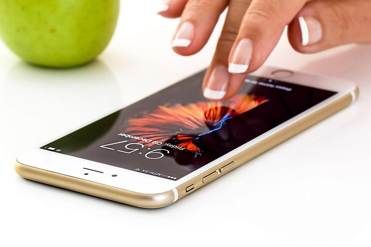 6 Tips Merawat Gadget Agar Tetap Awet