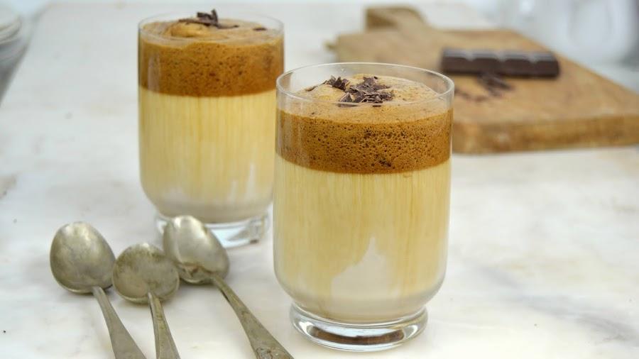 Café Dalgona con chocolate