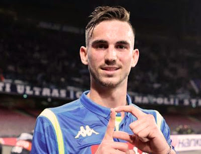 Liverpool, Barcelona linked with Napoli midfielder Fabian Ruiz