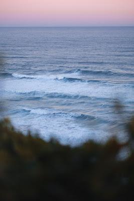 خلفيات موبايل للبحر الملون