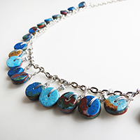 http://www.ohohdeco.com/2013/10/diy-necklace.html