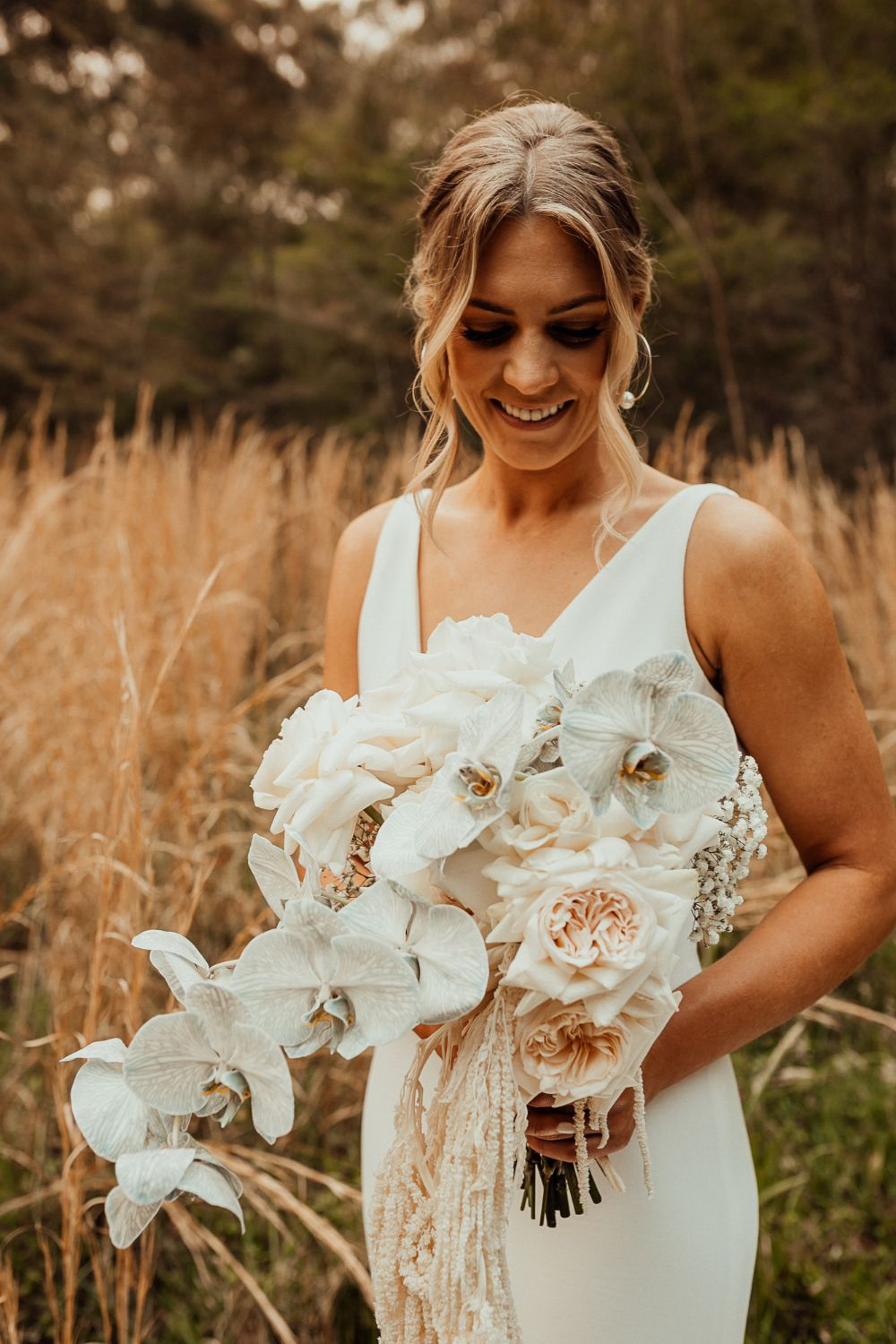 kendell tyne photography stables of somersby bridal gown floral design venue styling