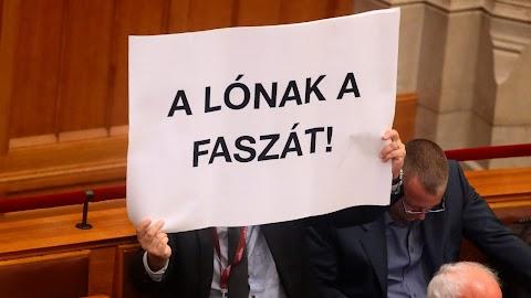 Az ellenzék bosszúnak tartja a házszabály módosítását